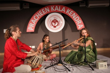 Aasya & pablo performing in Kendra 249th Monthly Baithak