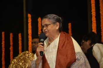 Guru Susmita Misra, renowned Dancer giving her key-note address at Pracheen Kala Kendra's 45th Annual Convocation held at Uttam Mancha, on 24.12.17