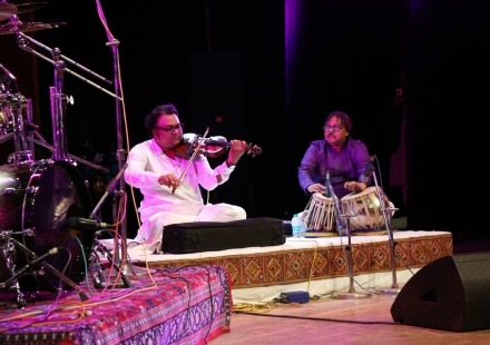 Deepak Pandit on Violin in 48th Sammelan
