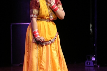 Charu Handa Performing Kathak in special programme organised by Kendra