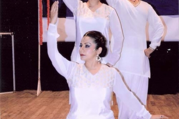 Aalap a special prog. organised by PKK by Usha Gupta & troupe