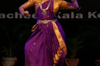 Veena C.S. performing in Hemantotsav-min