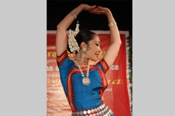 Madina-performing-in-special-programme-organised-by-Kendra-at-MOhali