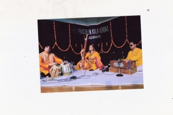 11 October Mahalaxmi shenoy performing at 204th Monthly Baithak Programme
