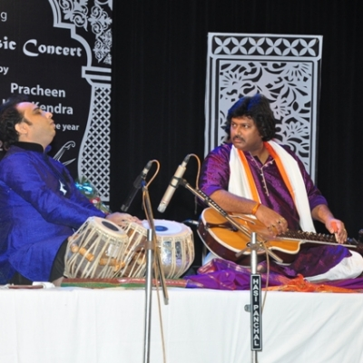 Pt. Salil Bhatt performing Satvik Veena recital in night long programme