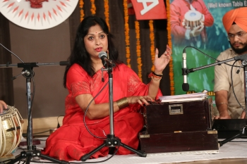 Supti bardhan performing in special programme of Light Music
