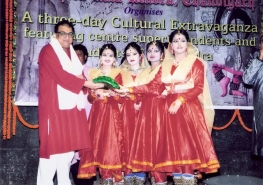 Three day cultural extravaganza by the students and center holders of Kendra from West Bengal